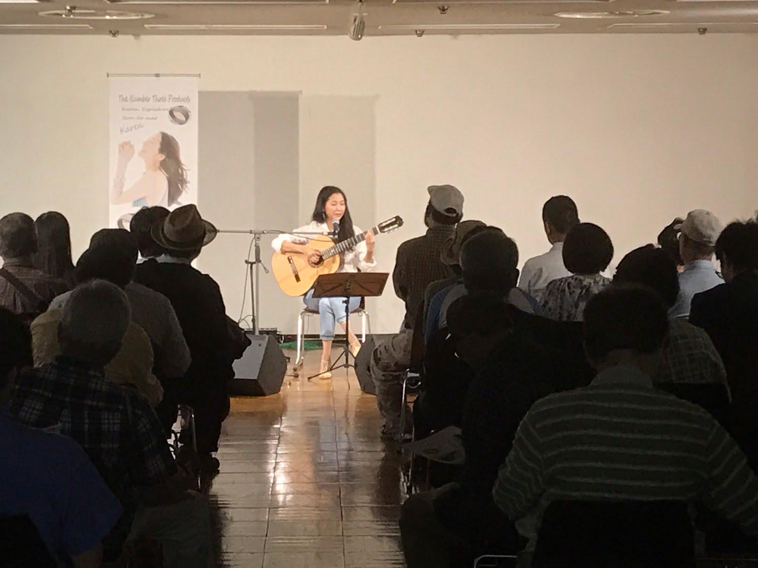 2017年・TBS主催ハンドクラフト・ギターフェスにて。Karenモデルギター発表時