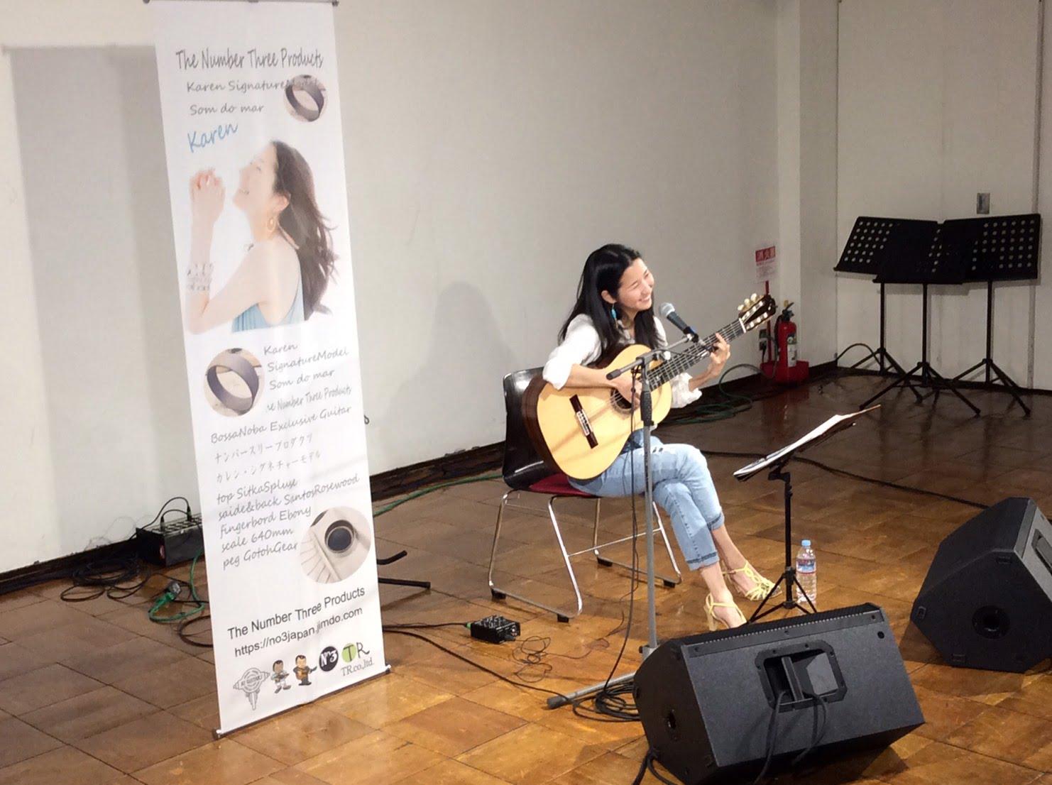 2017年・TBS主催ハンドクラフト・ギターフェスにて。Karenモデルのギター発表時