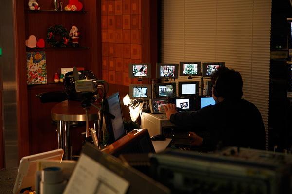 2009年・丸の内ニッポン放送系インターネットラジオ局「Suono Dolce」ラジオといっても映像付きだったのです。